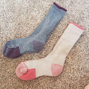 2 pair of carhartt wool blend socks
